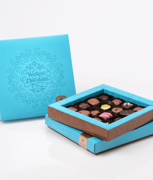 BOXED CHOCOLATEMilk & Dark Assortment
